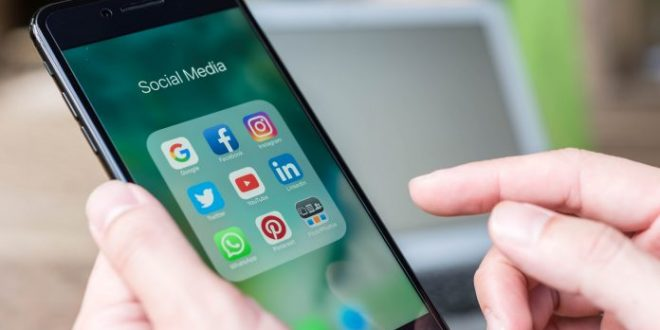 MVNO users less likely to check social media